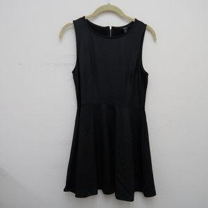 Forever 21 Black Sleeveless Boat Neck Mini Dress
